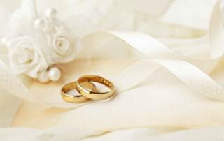 Lourdes anniversari di matrimonio