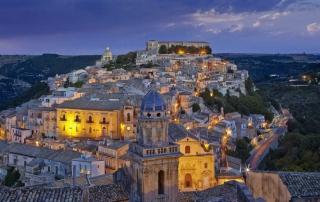 Scopri il tour Ragusa Val di Noto 2020 con Multimedia